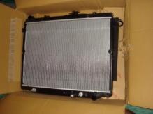 Радиатор основной TOYOTA LAND CRUISER 100 (1998-2007) 4.2-4.5L DIESEL / 1HZ,1FZ-FE
