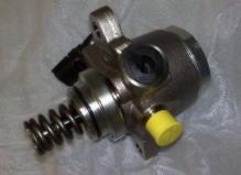 Насос высокого давления для бензинового мотора INFINITI QX56 ТНВД, оригинал Nissan 16630-1LA0A