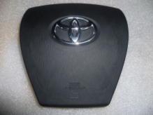 Крышка руля без Airbag / накладка подушки безопасности водительская Toyota Prius (2009-2015)