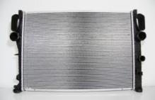 Радиатор охлаждение двигателя MERCEDES W211 1.8-2.0 Kompressor / 2.7CDI / CLS-CLASS W219 / CLS Оригинал NISSENS