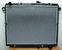 Радиатор основной Toyota Land Cruiser 100 / Lexus LX470 (1998-2007) 4.7 V8